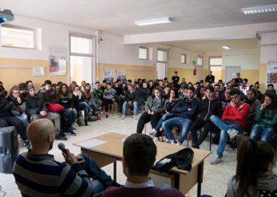 Ivan Tronci con gli studenti del triennio