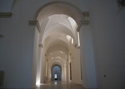 Specchia corridoio del convento dei frati neri