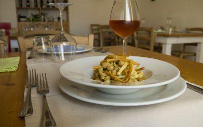 Ciceri e Trìa, Massa di S. Giuseppe o Massa e ciceri: piatto simbolo del Salento
